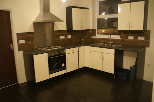 Thumbnail Flat to rent in Street Lane, Leeds, West Yorkshire