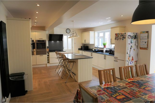 Thumbnail Detached house for sale in Asquith Road, Gillingham