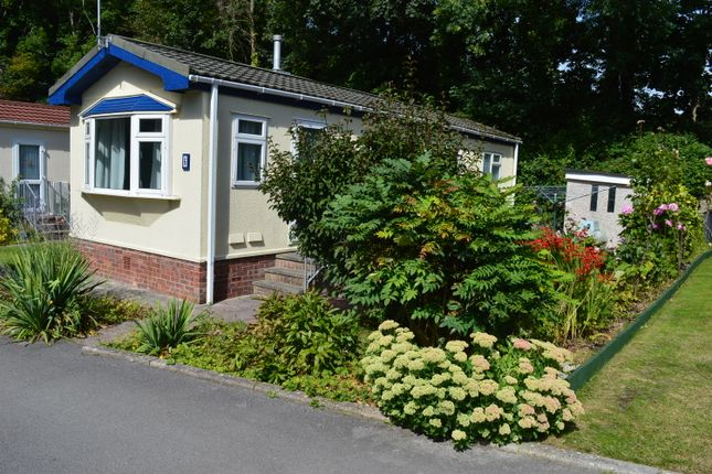 Thumbnail Mobile/park home for sale in Waterfall Mews, Ham Manor Park, Llantwit Major