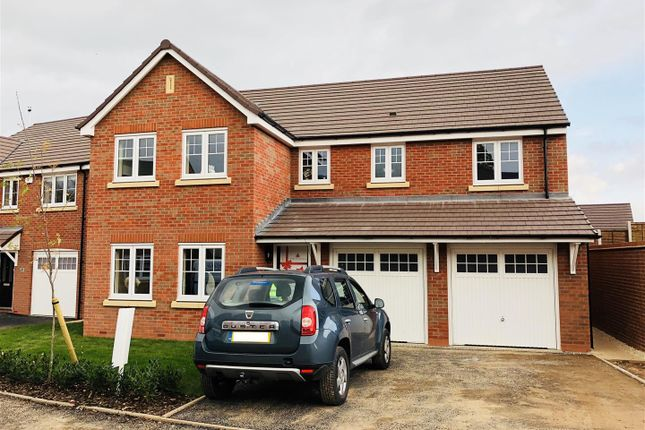 Thumbnail Detached house for sale in Edgehill Drive, Milestone Grange, Stratford Upon Avon