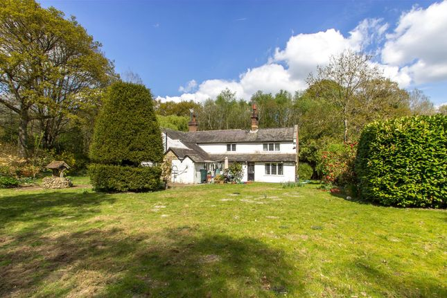 Thumbnail Cottage for sale in Leigh, Tonbridge