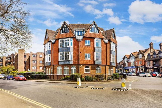 Flat for sale in The Hoskins, Oxted, Surrey