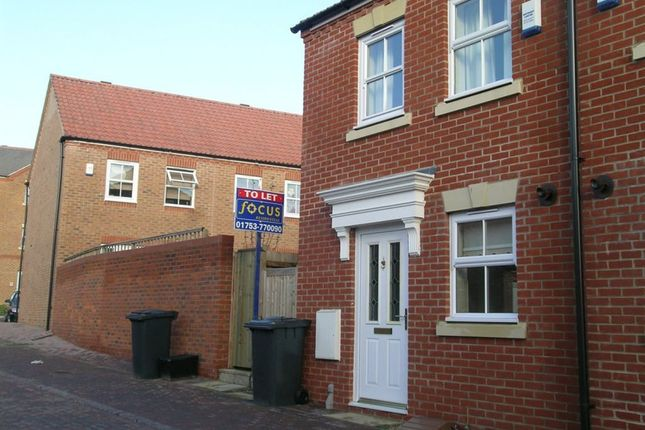 Thumbnail Property to rent in Beckett Chase, Langley, Slough