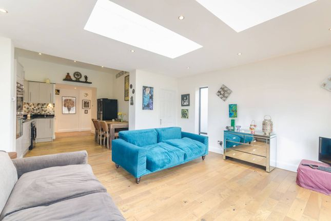 Thumbnail Flat to rent in Alexandra Drive, Crystal Palace