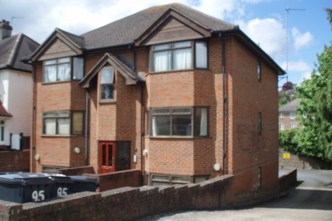 1 bed flat to rent in Purley Park Road, Purley