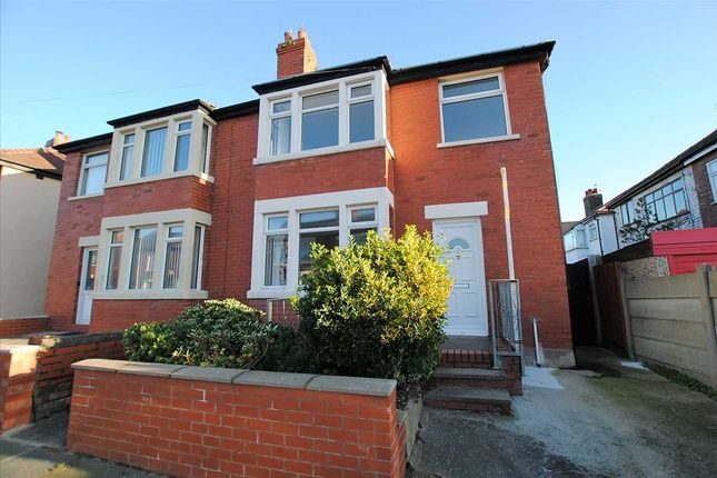 Thumbnail Property to rent in Waterfoot Avenue, Blackpool