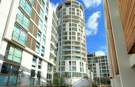 Thumbnail Flat for sale in Trinity Tower, Canary Wharf