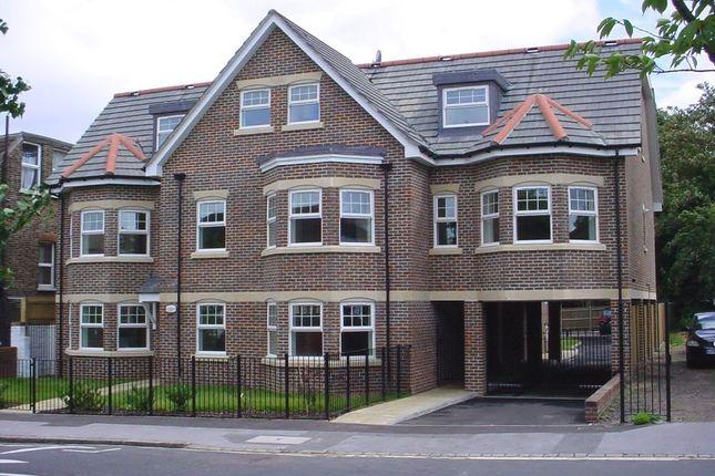 Thumbnail Flat to rent in Havelock Terrace, Havelock Road, East Croydon, Surrey