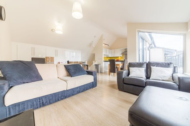 Thumbnail Flat to rent in Bolton House, 9 George Mathers Road, London