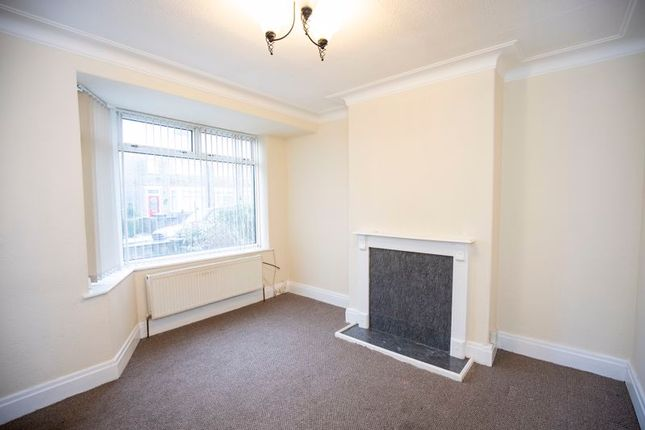 Sitting Room of West View Drive, Halifax HX2