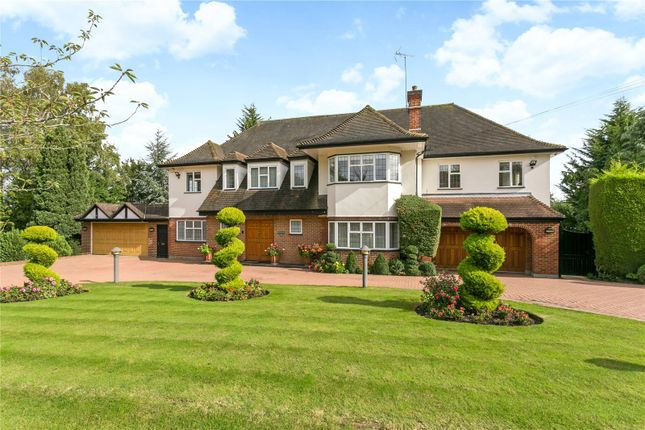 Thumbnail Detached house to rent in Russell Road, Northwood, Middlesex