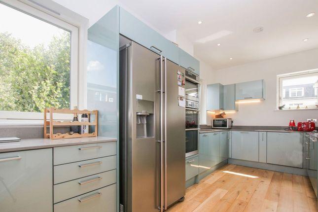 Kitchen of 100 Lavender Hill, Battersea SW11