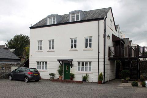 Thumbnail Maisonette to rent in Abbeymead Mews, Tavistock
