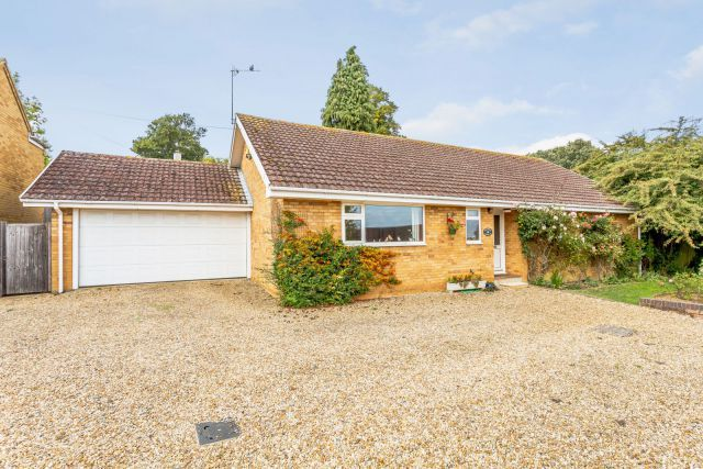 Thumbnail Detached bungalow for sale in Bricketts Lane, Flore, Northampton
