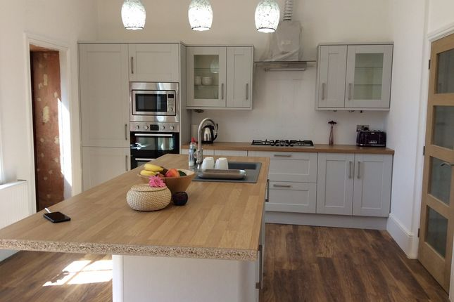 Thumbnail Terraced house to rent in Forest Drive East, London
