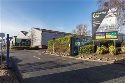 Thumbnail Light industrial to let in Kelvin Way Trading Estate, Kelvin Way, West Bromwich