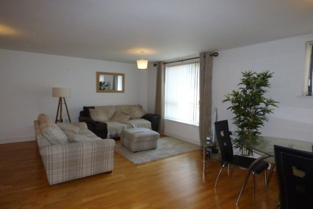 2 bed flat to rent in Duke Street, Liverpool