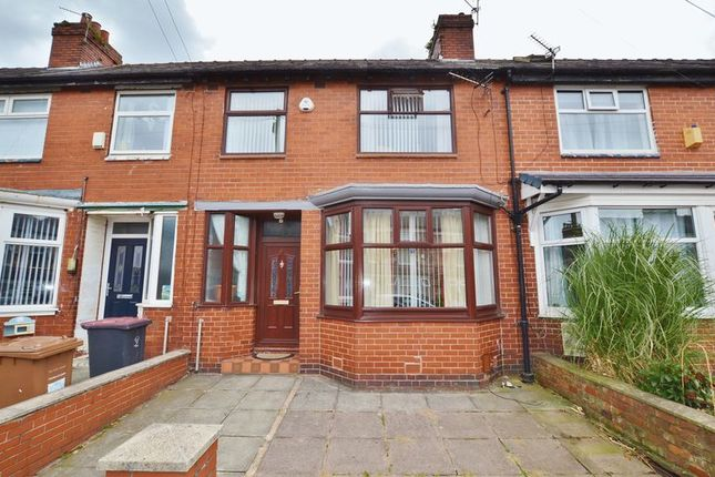 3 bed terraced house for sale in Winchester Road, Salford