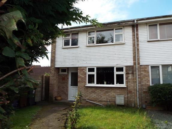 Thumbnail Semi-detached house for sale in Pyms Close, Letchworth, Hertfordshire