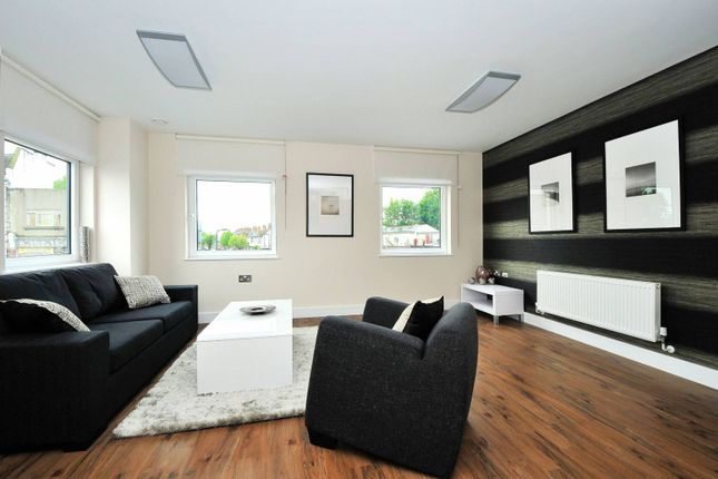 Thumbnail Flat to rent in The Green, Ealing