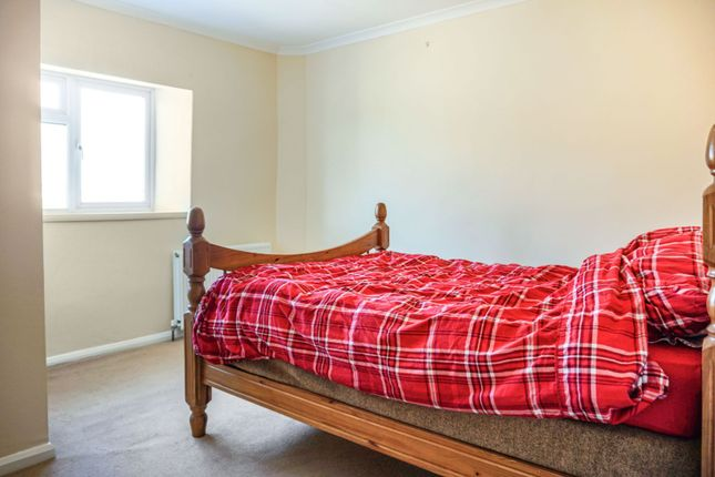 Bedroom of High Street, Swayfield, Grantham NG33