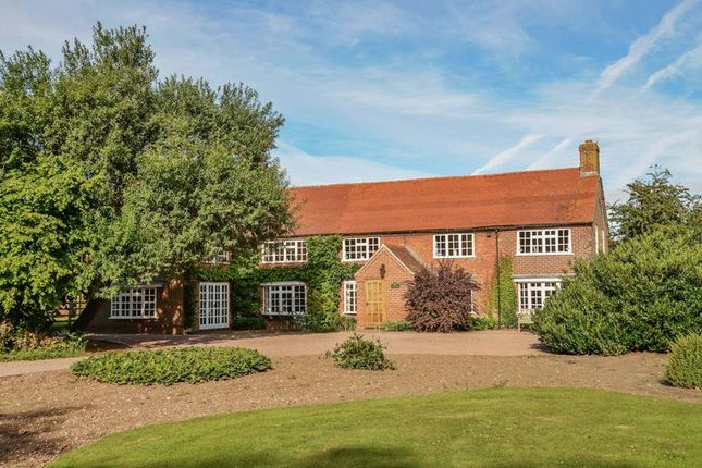Thumbnail Property for sale in Station Road, Rolleston, Newark