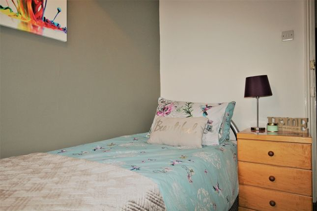 Room to rent in Thesiger Street, Lincoln LN5