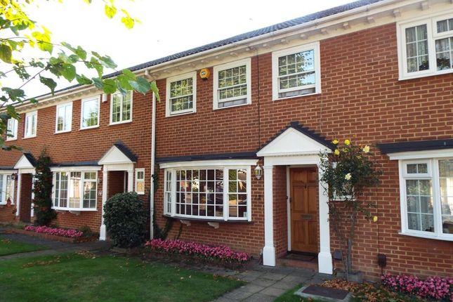 Thumbnail Property to rent in Hempson Avenue, Langley, Slough