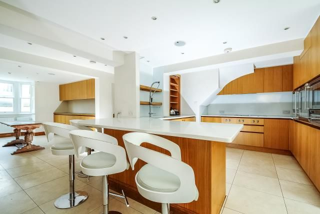 Thumbnail Semi-detached house to rent in Richmond, Surrey
