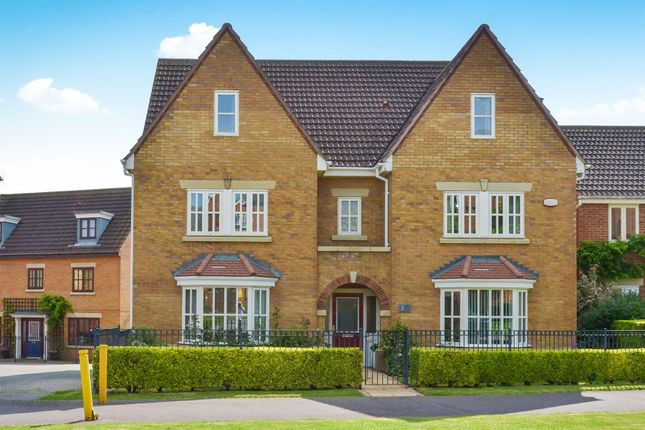 Thumbnail Detached house for sale in Vernier Crescent, Medbourne, Milton Keynes