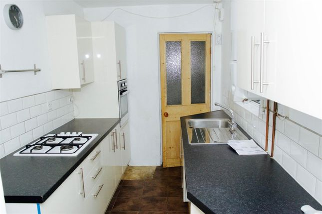 Thumbnail Semi-detached house to rent in Bennetts Yard, Uxbridge