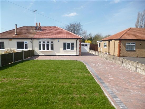 Thumbnail Bungalow to rent in Pool Hey Lane, Scarisbrick, Southport