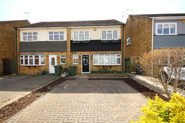 4 bed semi-detached house to rent in Hampshire Gardens, Linford SS17