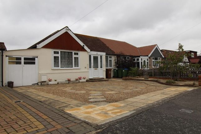 Thumbnail Bungalow for sale in Oakdene Avenue, Erith