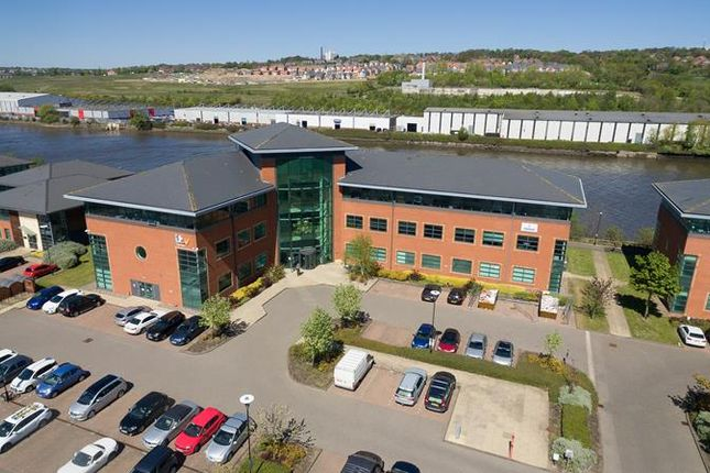 Office to let in Honeycomb The Watermark, Gateshead, Tyne And Wear