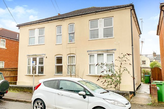 Thumbnail Flat for sale in Cromwell Road, Polygon, Southampton