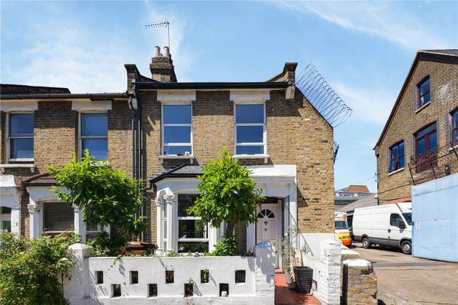 3 bed end terrace house for sale in Chelmer Road, Hackney, London E9