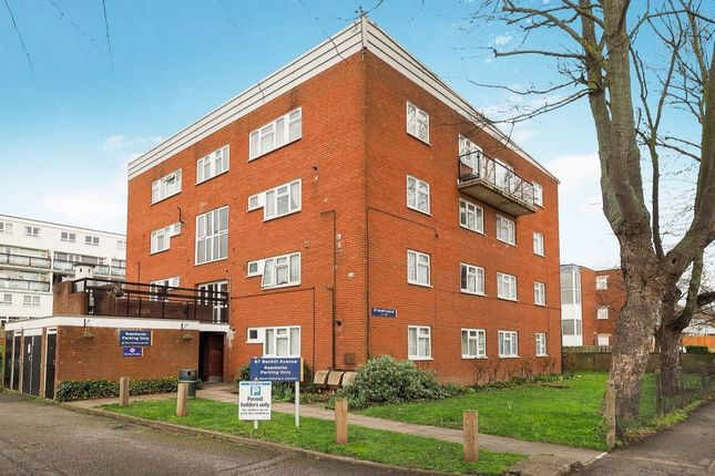 Thumbnail Flat for sale in Benhill Avenue, Sutton