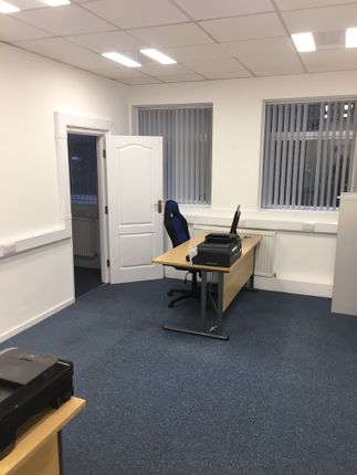 Office to let in Newton Street, Hyde