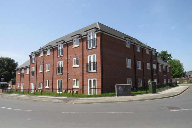 Thumbnail Flat for sale in Cavalcade Close, Off Stroud Avenue, Willenhall