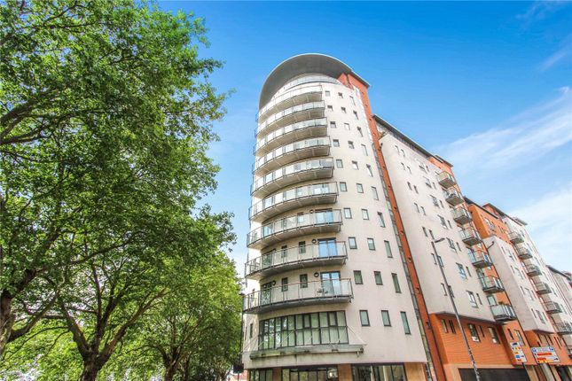 Thumbnail Flat for sale in Oceana Boulevard, Orchard Place, Southampton, Hampshire