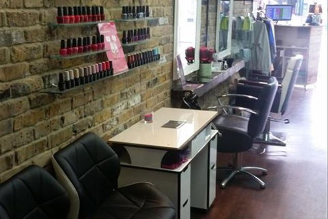 Thumbnail Retail premises for sale in Established Hair & Beauty Salon WD17, High Street, Hertfordshire