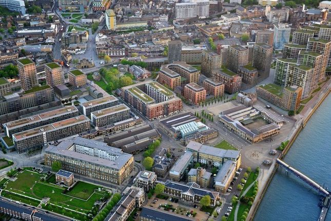 Thumbnail Property to rent in Luxury 3 Bed Apartment, Royal Arsenal Riverside, Compton House