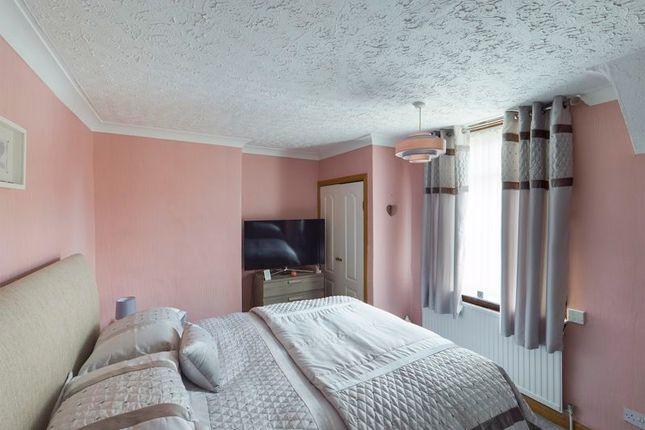 Bedroom 1 of Newtonhead Road, Rigside, Lanark ML11