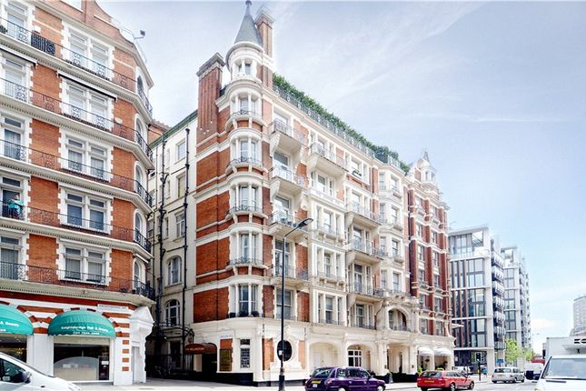 Thumbnail Flat for sale in Wellington Court, 116 Knightsbridge, London