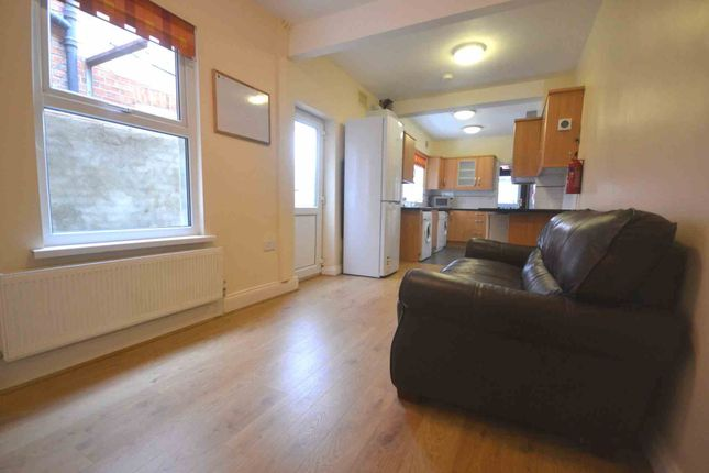 Thumbnail Terraced house to rent in Norris Road, Earley, Reading