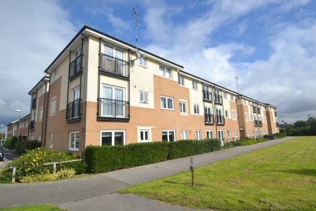 Thumbnail Flat for sale in Queensland Cresent, Chelmsford, Essex