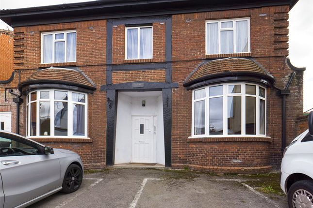 Thumbnail Flat for sale in Chapel Road, Ross-On-Wye, Herefordshire