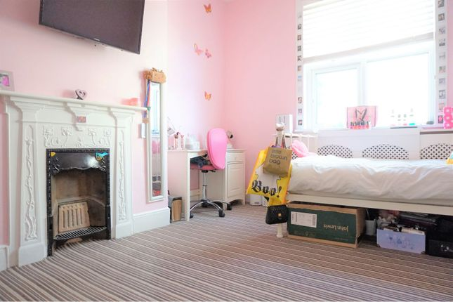 Bedroom of Recreation Avenue, Leigh-On-Sea SS9