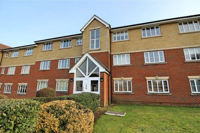 Thumbnail Flat to rent in Armstrong Close, Borehamwood, Hertfordshire